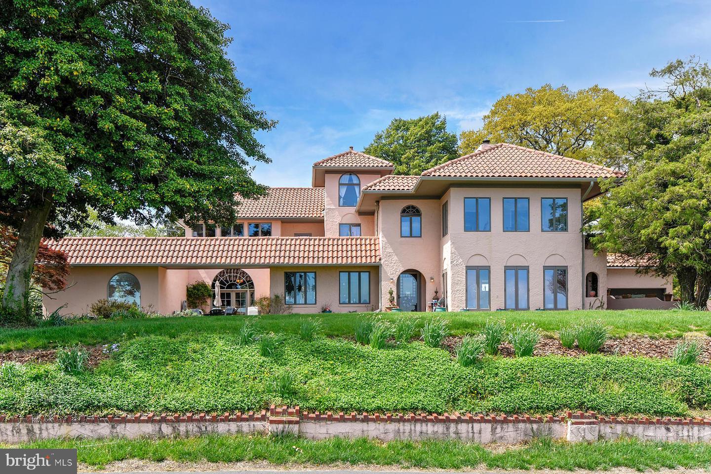 Single Family Homes för Försäljning vid Annapolis, Maryland 21403 Förenta staterna