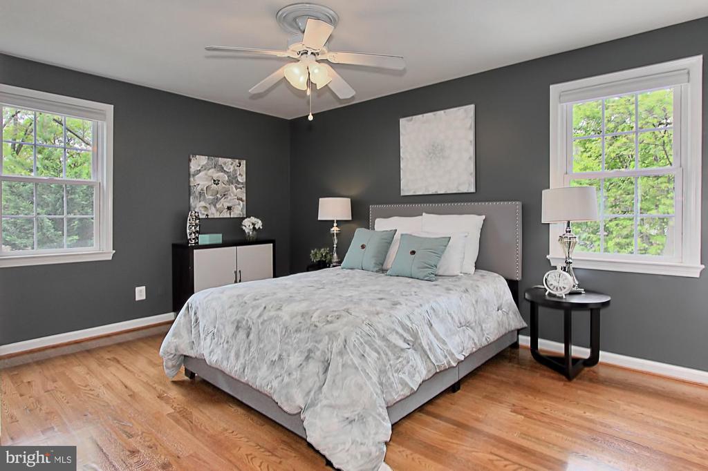 Master Bedroom - 4502 MULLEN LN, ANNANDALE