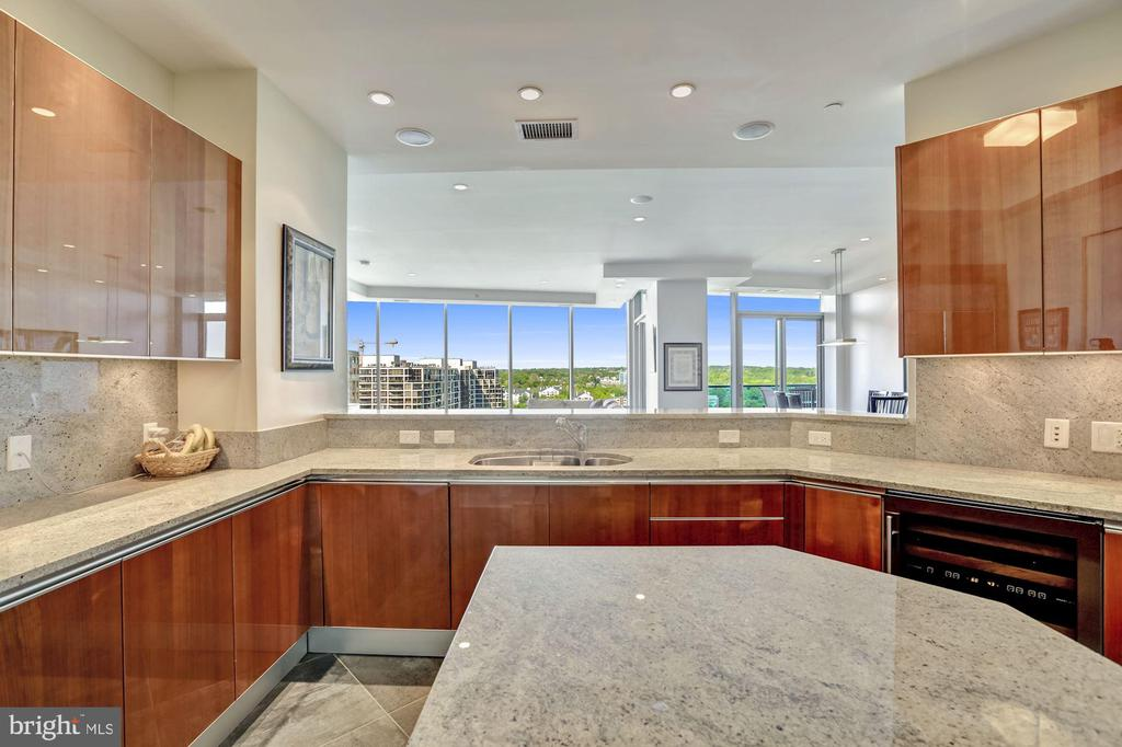 Pristine Kitchen with View to Great Room - 1881 N NASH ST #1902, ARLINGTON