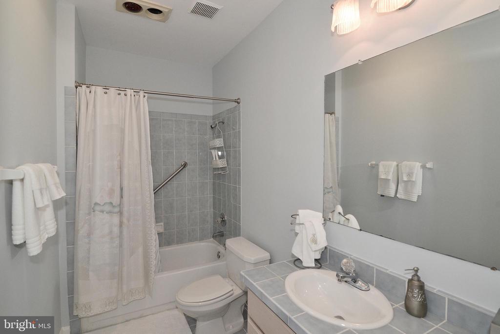 Bathroom 2 - 6515 MILLER DR, ALEXANDRIA