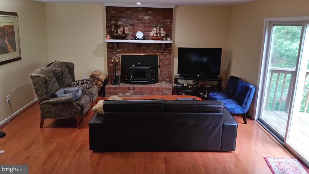 Family Room - 1406 WASHINGTON DR, STAFFORD