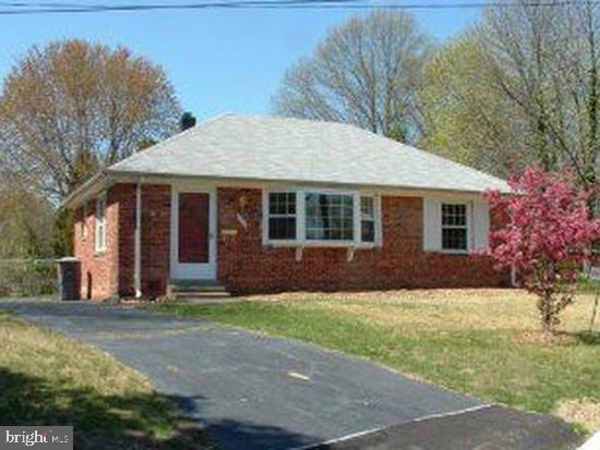 Other Residential for Rent at 1606 Concord Pl Alexandria, Virginia 22308 United States
