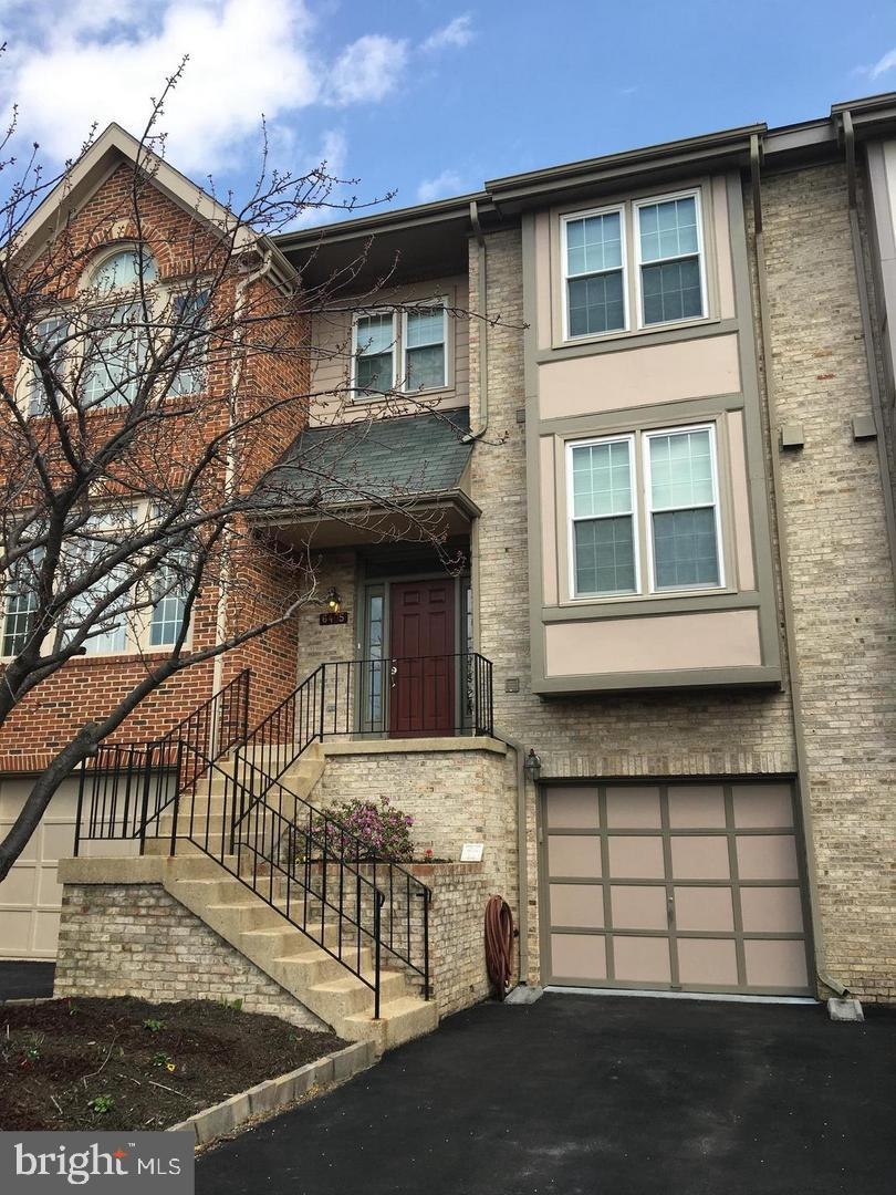 Other Residential for Rent at 6405 Little Potters Ln Alexandria, Virginia 22310 United States