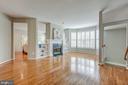 Fresh modern paint for the entire house. - 5429 CASTLE BAR LN, ALEXANDRIA