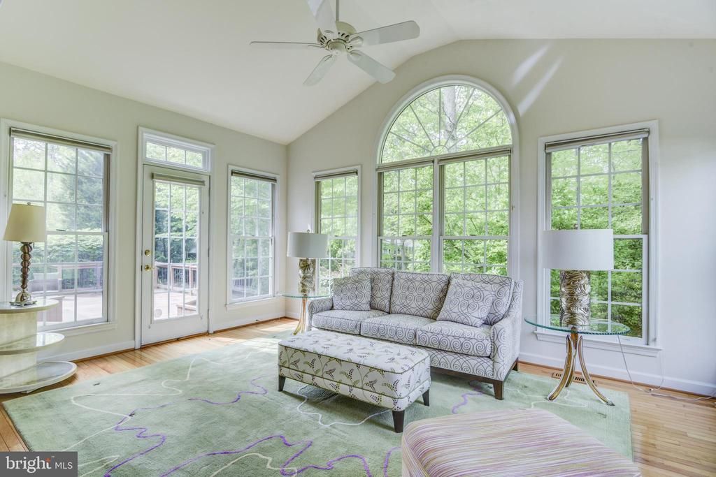 Beautiful sunroom with access to the deck - 7428 SPRING SUMMIT RD, SPRINGFIELD