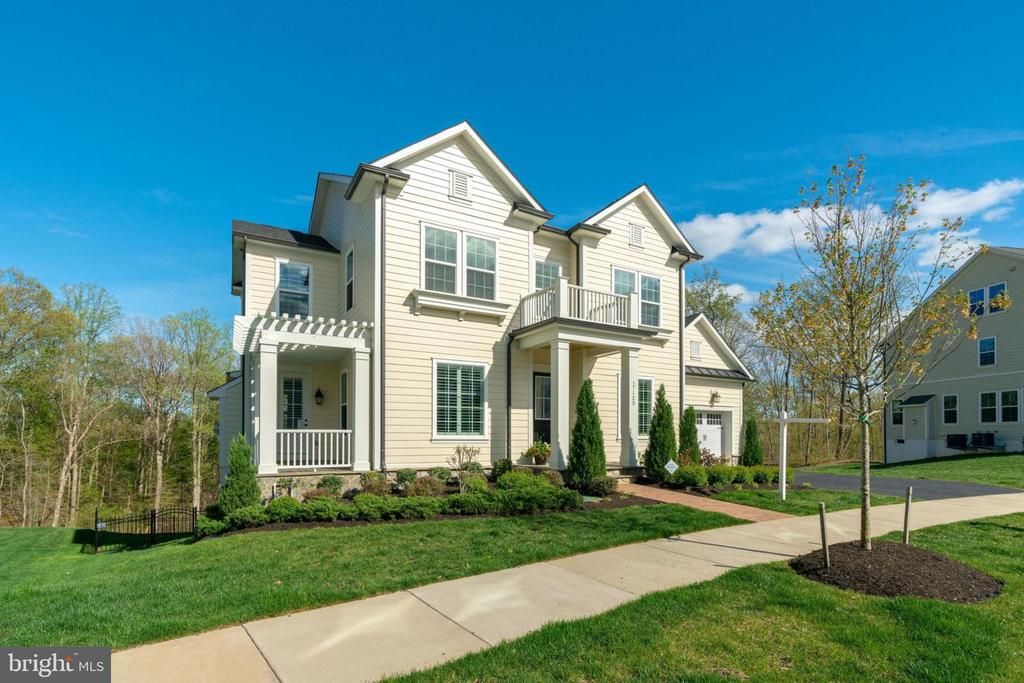 only Norfolk model built in Potomac Shores! - 17123 BELLE ISLE DR, DUMFRIES