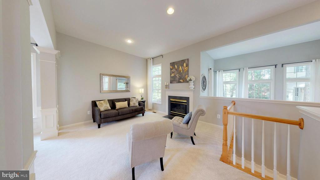 Open and Airy - 47576 SAULTY DR, POTOMAC FALLS
