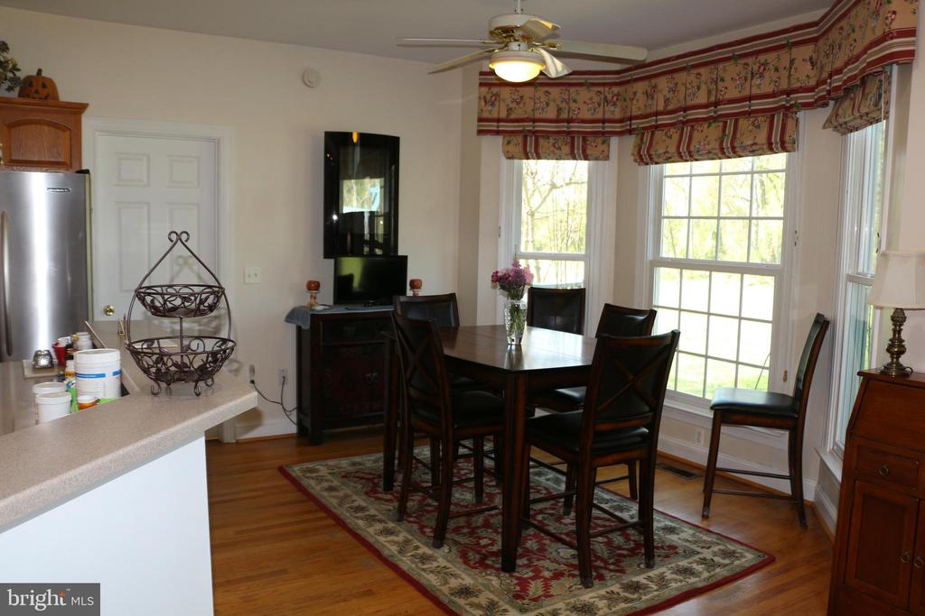 Breakfast room - 18561 YELLOW SCHOOLHOUSE RD, ROUND HILL
