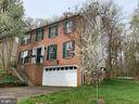 A Great place to call HOME! - 6012 CREST PARK DR, RIVERDALE