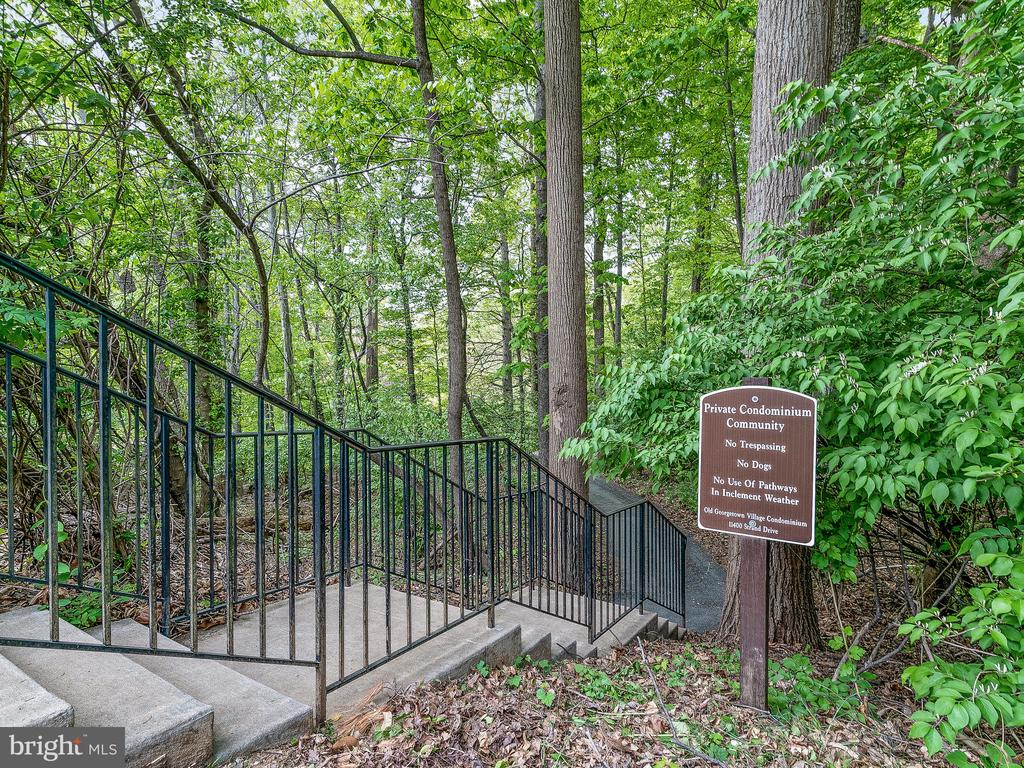 Nearby hiking trail - 11420 STRAND DR #R-113, NORTH BETHESDA