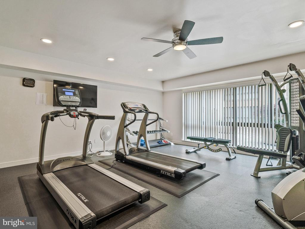 Easy access to building gym - 11420 STRAND DR #R-113, NORTH BETHESDA
