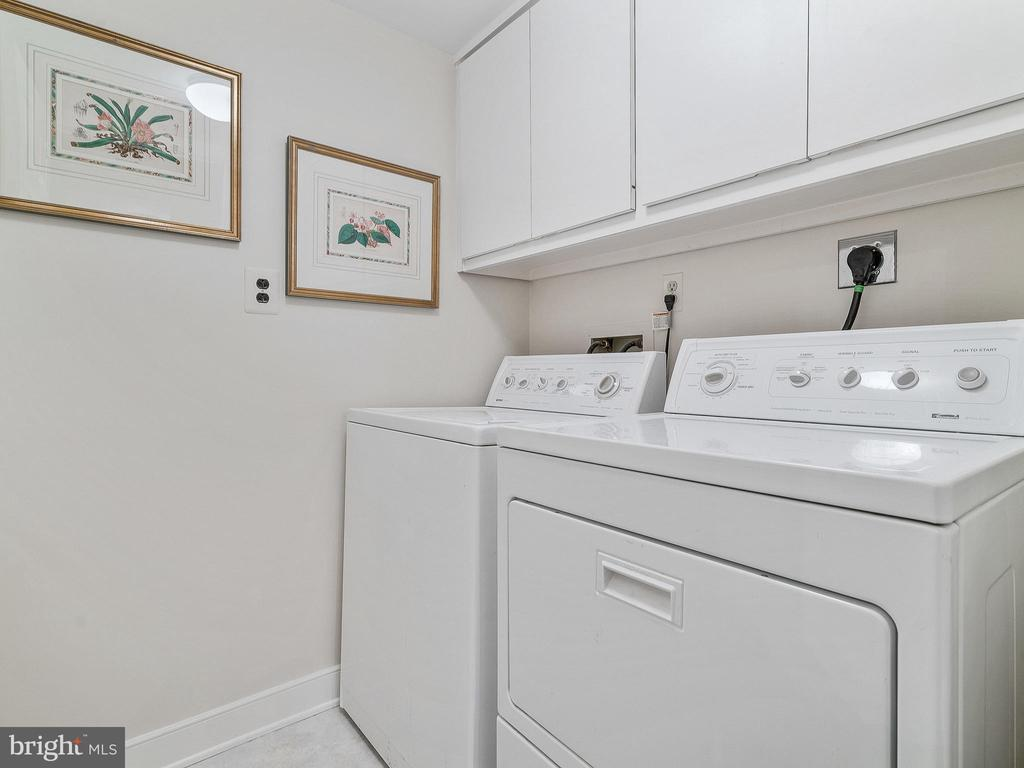 Personal laundry room in unit - 11420 STRAND DR #R-113, NORTH BETHESDA