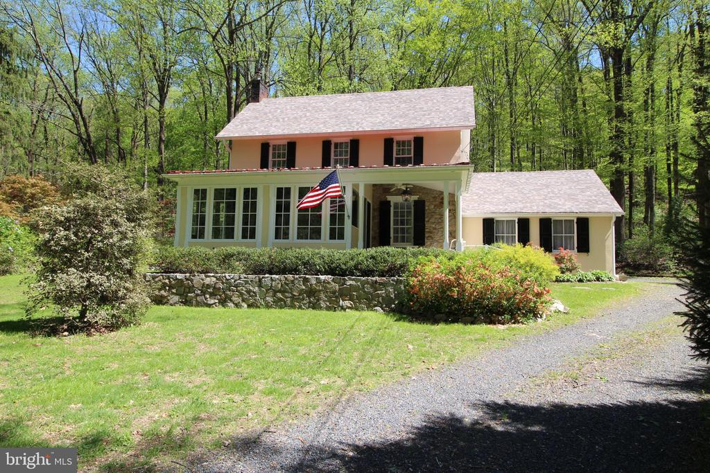 4627  UPPER MOUNTAIN ROAD, New Hope, Pennsylvania