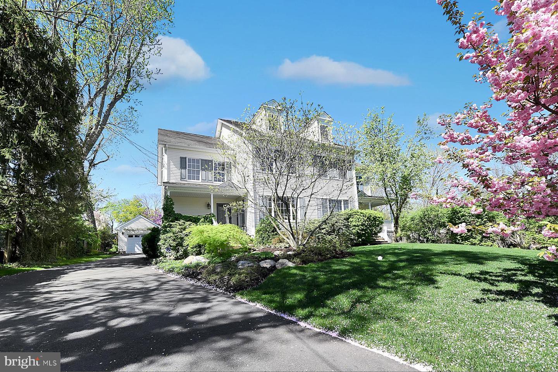 Частный односемейный дом для того Продажа на Princeton, Нью-Джерси 08540 Соединенные Штаты