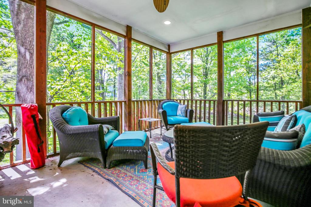 Screened in porch! - 3200 GLENWOOD PL, FALLS CHURCH