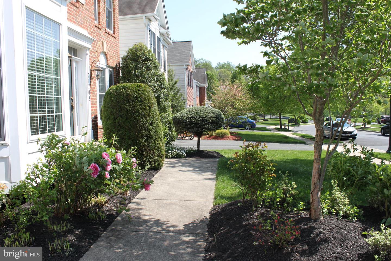 Additional photo for property listing at 21708 Seneca Ayr Dr Boyds, Maryland 20841 United States