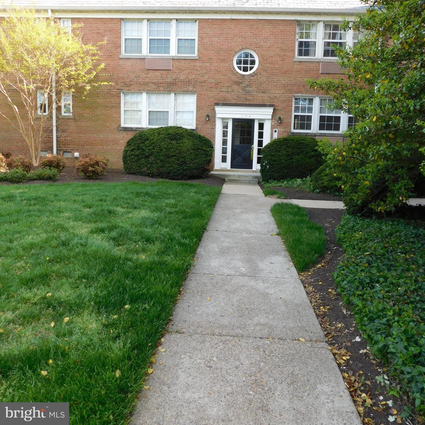 Other Residential for Rent at 1804 W Abingdon Dr #102 Alexandria, Virginia 22314 United States