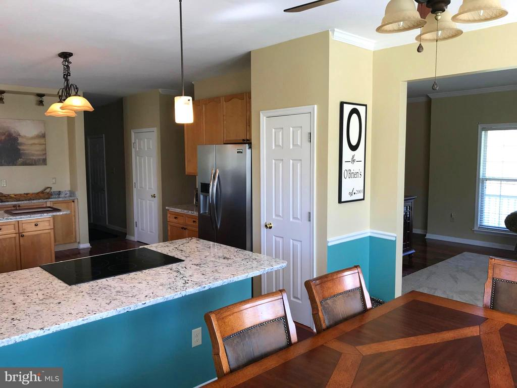 Open Floor Plan - 17 VICTORIA LN, MARTINSBURG