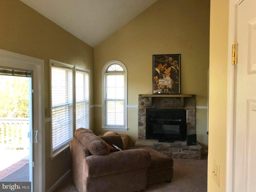 Family Room with Fireplace - 17 VICTORIA LN, MARTINSBURG