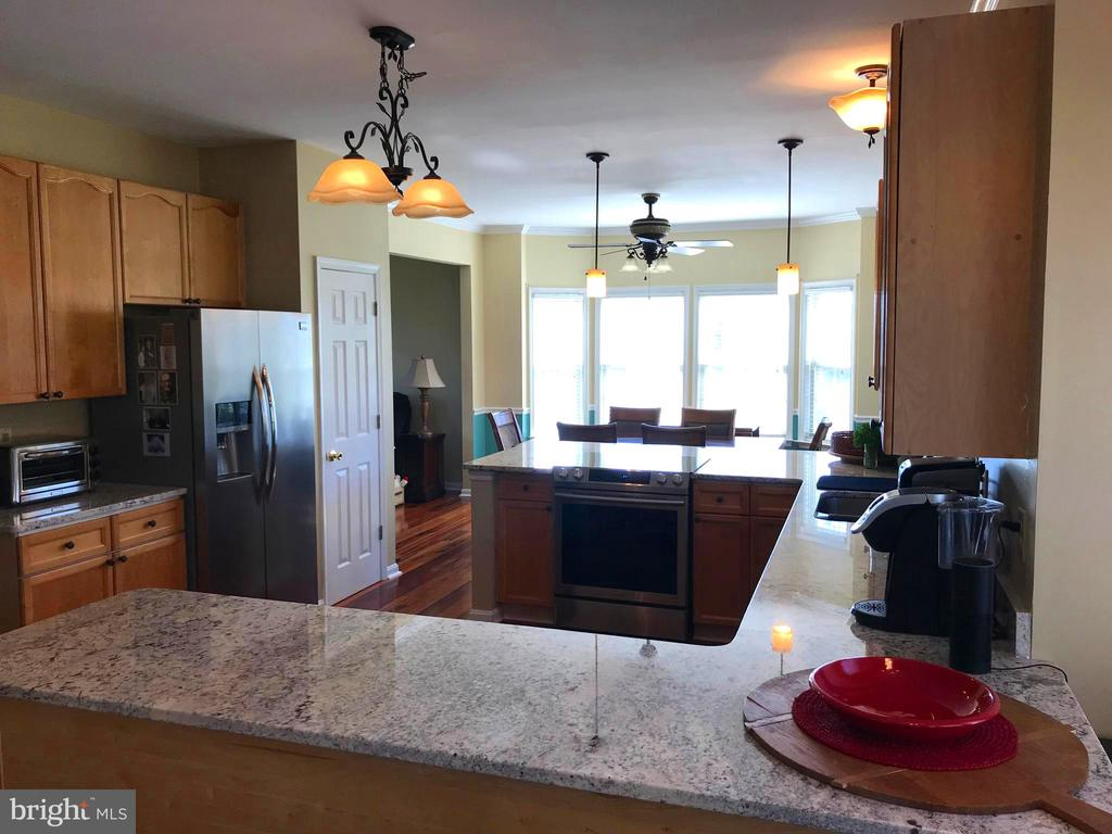 Kitchen Open Floor Plan - 17 VICTORIA LN, MARTINSBURG