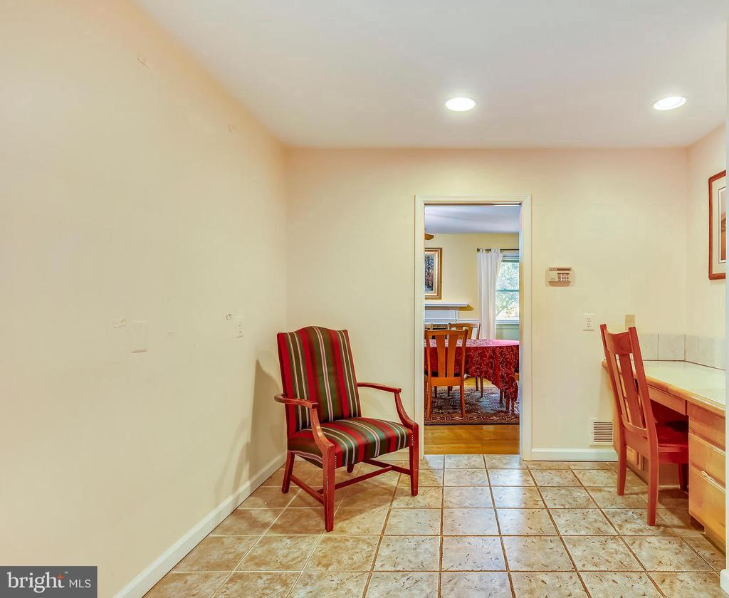 built in desk in kitchen, lots of storage too! - 3200 GLENWOOD PL, FALLS CHURCH
