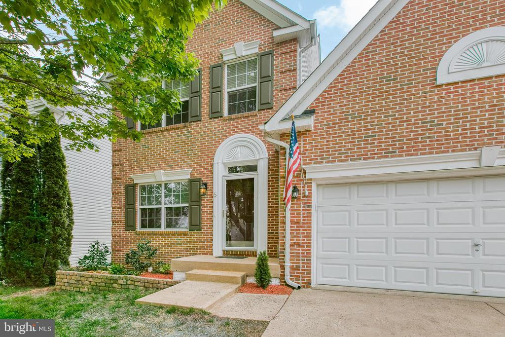 Welcome Home! - 6 CANDLERIDGE CT, STAFFORD