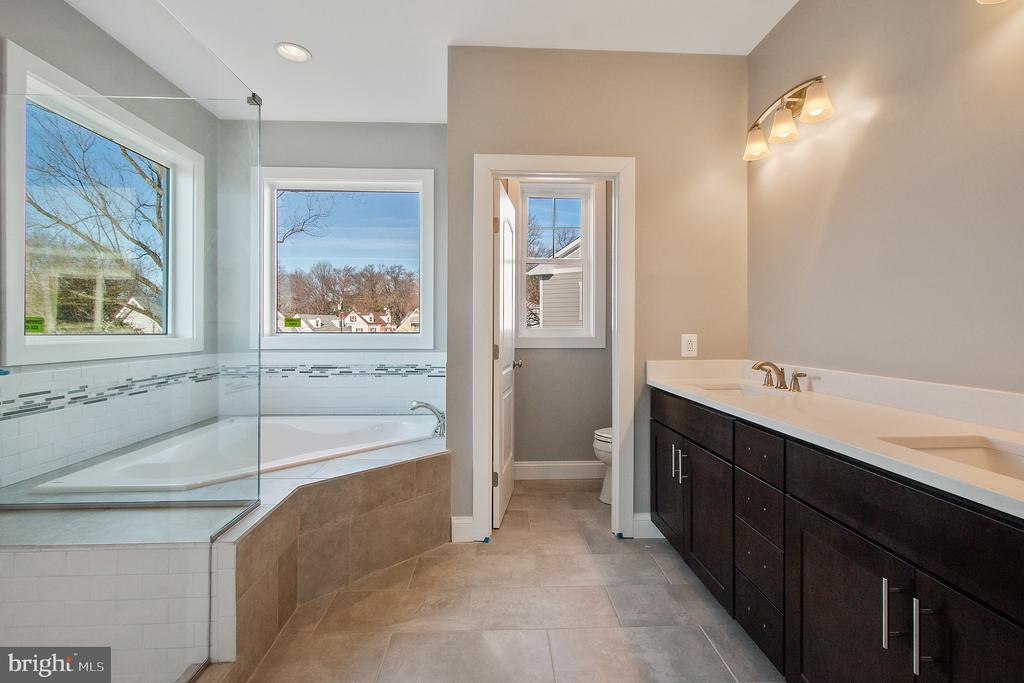 - 2301 59TH PL, CHEVERLY