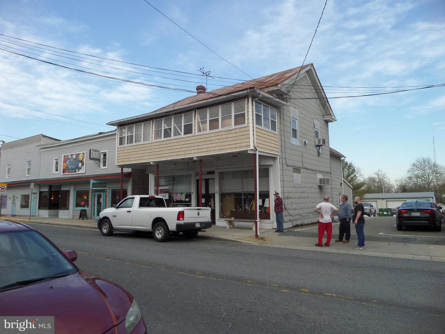 Commercial for Sale at 105 S Main St Greensboro, Maryland 21639 United States