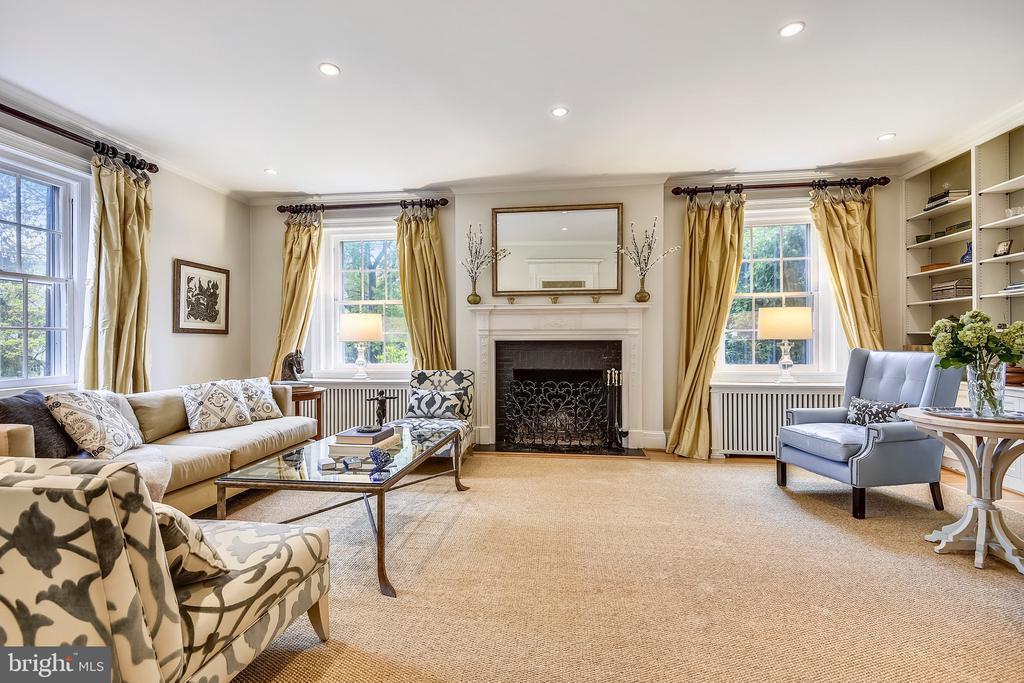 Large living room - 104 TUNBRIDGE RD, BALTIMORE