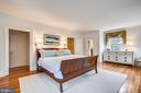 Master bedroom; four windows & custom window seat - 104 TUNBRIDGE RD, BALTIMORE
