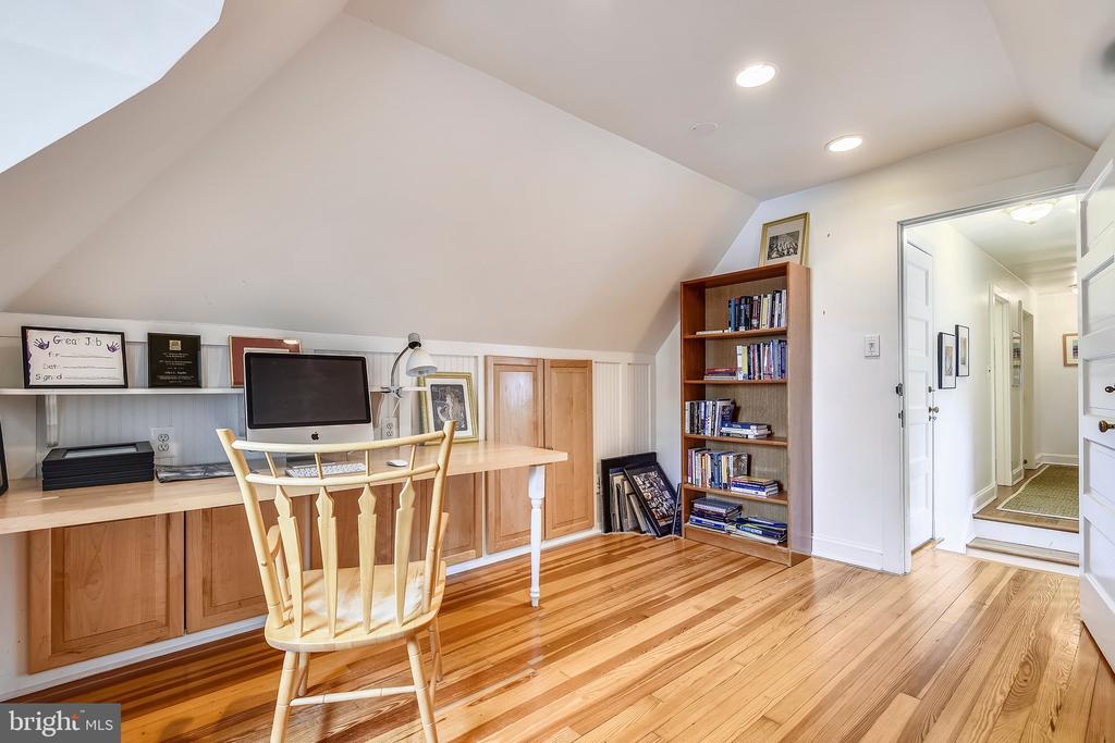 Office/bedroom - 104 TUNBRIDGE RD, BALTIMORE