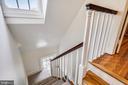 Light filled back staircase - 104 TUNBRIDGE RD, BALTIMORE