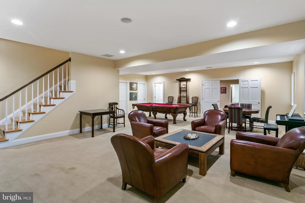 Recreation Room - 5295 PARTRIDGE LN NW, WASHINGTON