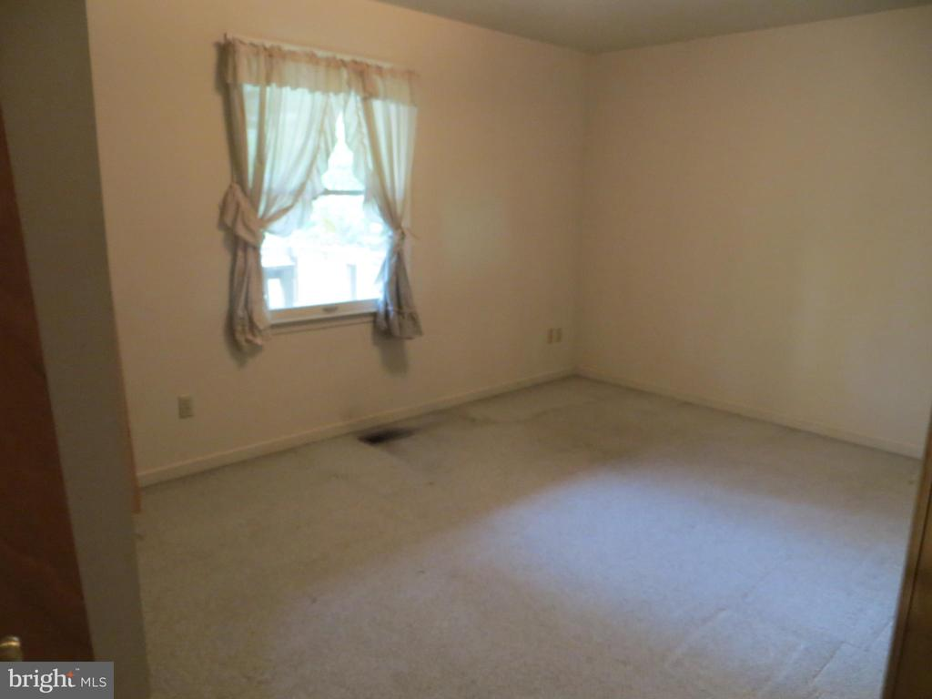 2nd bedroom - 535 MONTICELLO CIR, LOCUST GROVE