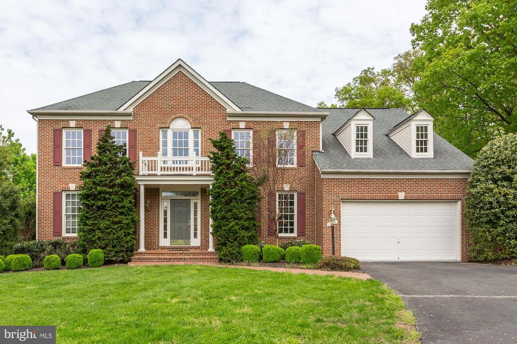 Front - 11696 CARSON OVERLOOK CT, HERNDON