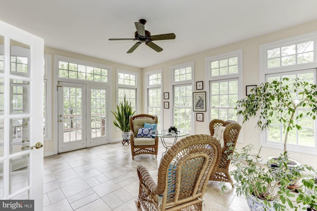 Sun Room - 11696 CARSON OVERLOOK CT, HERNDON