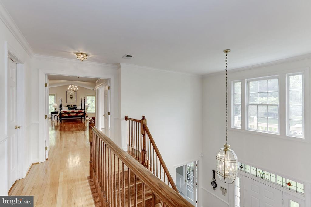 Upper Hall - 11696 CARSON OVERLOOK CT, HERNDON