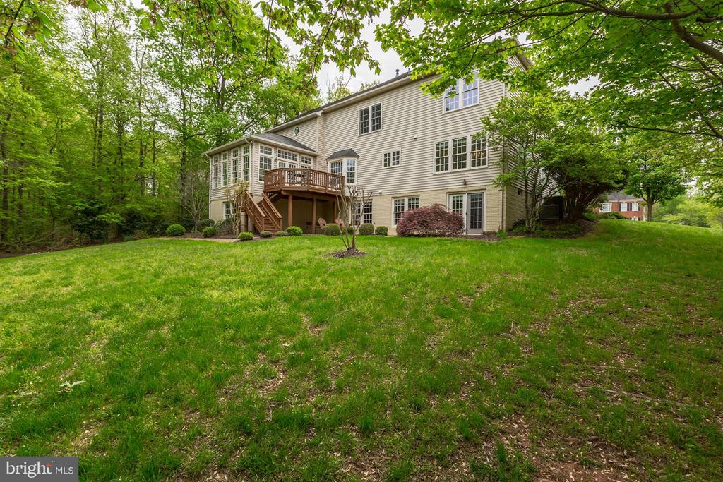 Rear Elevation - 11696 CARSON OVERLOOK CT, HERNDON