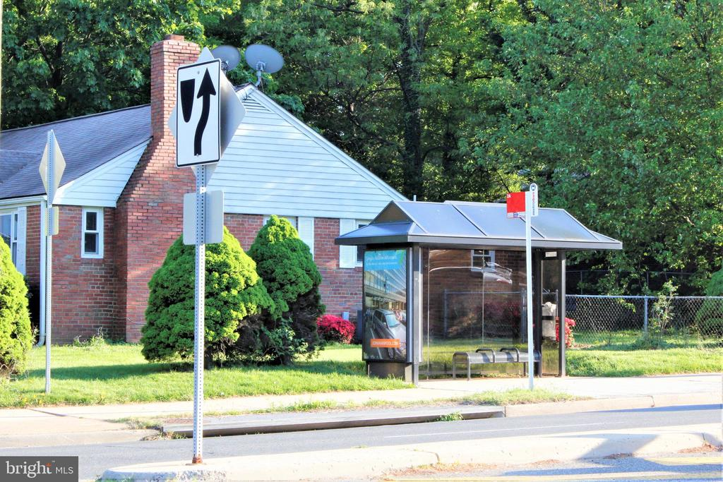 Bus Stops in front of the community - 7360 LEE HWY #101, FALLS CHURCH