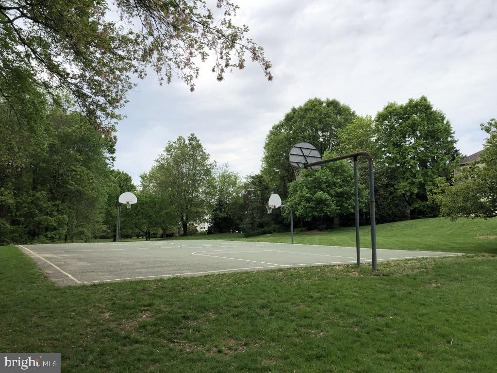 Enjoy a game of pick up basketball - 12904 CHALKSTONE CT, FAIRFAX