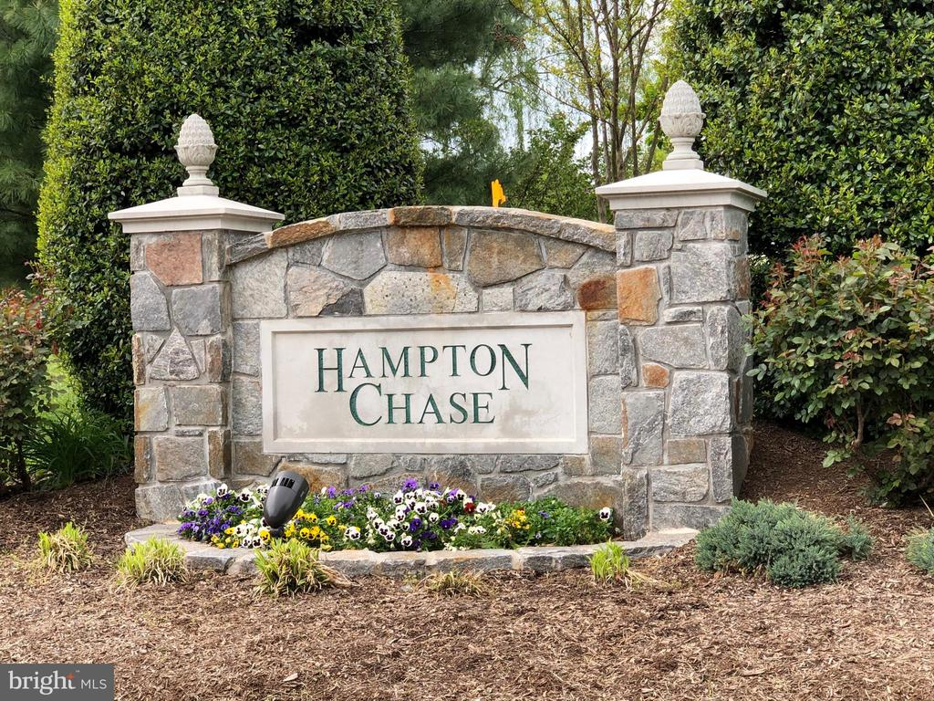 Located in desirable Hampton Chase - 12904 CHALKSTONE CT, FAIRFAX