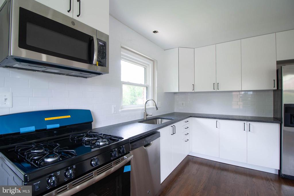 - 114 68TH PL, CAPITOL HEIGHTS