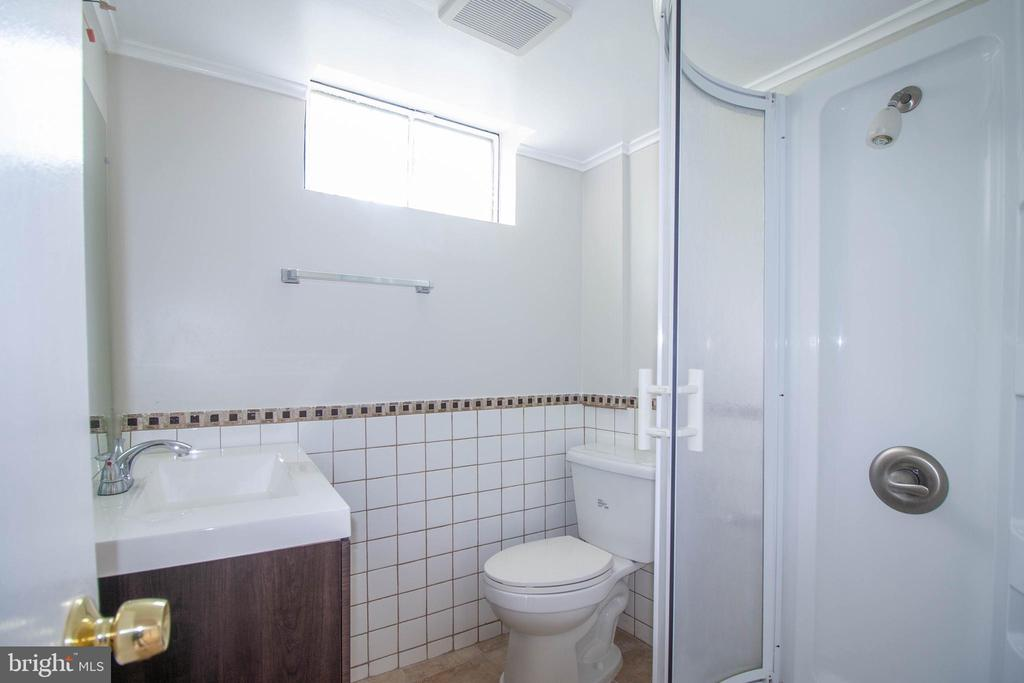 Basement Bathroom 2 , New Sink - 114 68TH PL, CAPITOL HEIGHTS