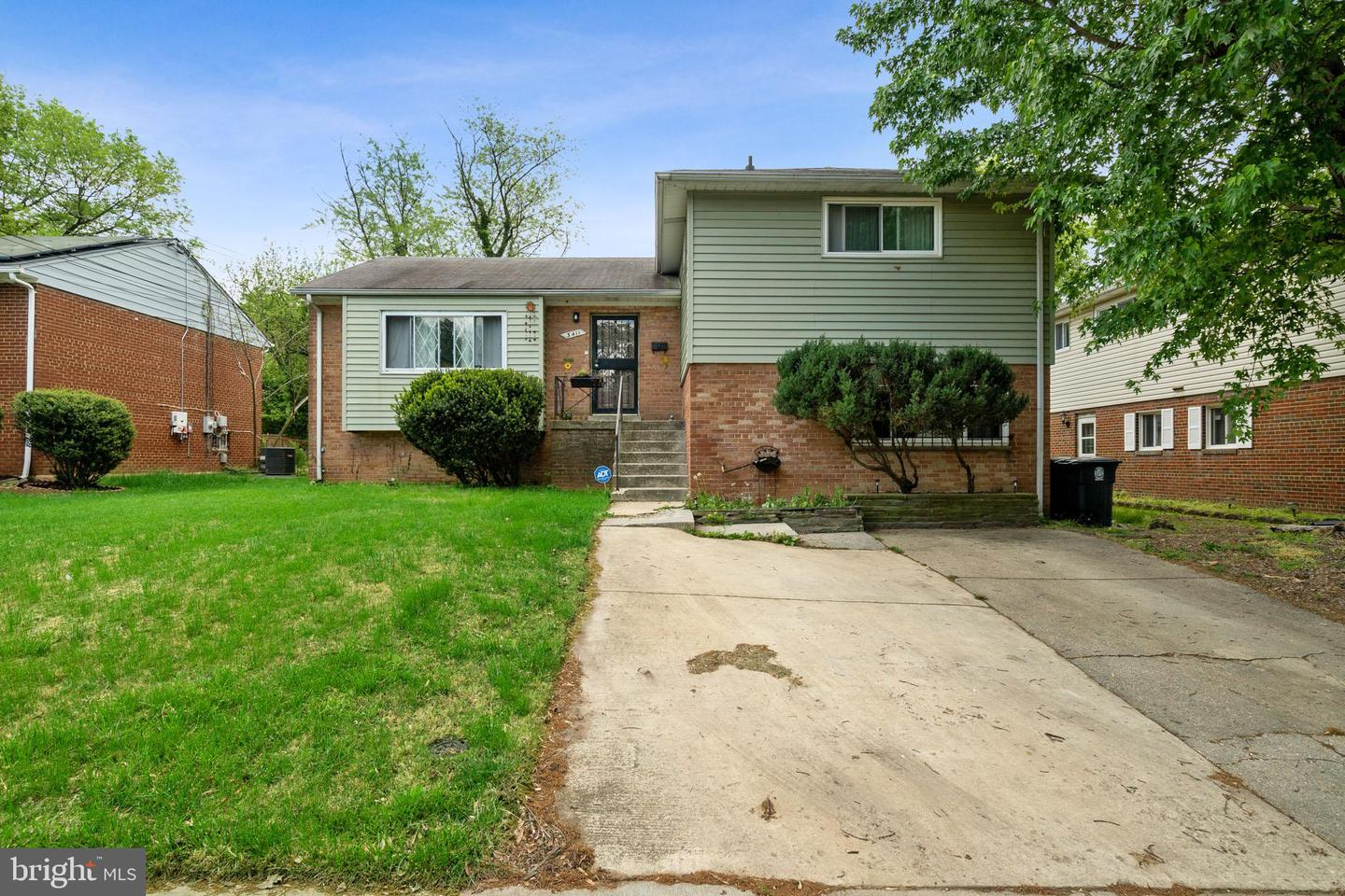 Single Family for Sale at 3411 Weltham St 3411 Weltham St Suitland, Maryland 20746 United States