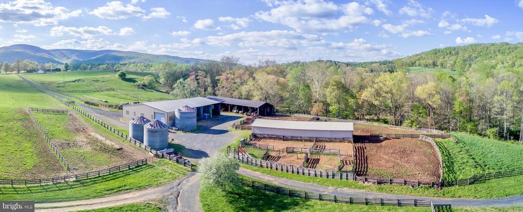 Equipment Barns + Silos - 4 WINDSOR LODGE LN, FLINT HILL