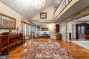 Spacious Living Room - 4 WINDSOR LODGE LN, FLINT HILL