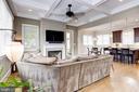Light-filled family room with gleaming floors - 405 N HIGHLAND ST, ARLINGTON