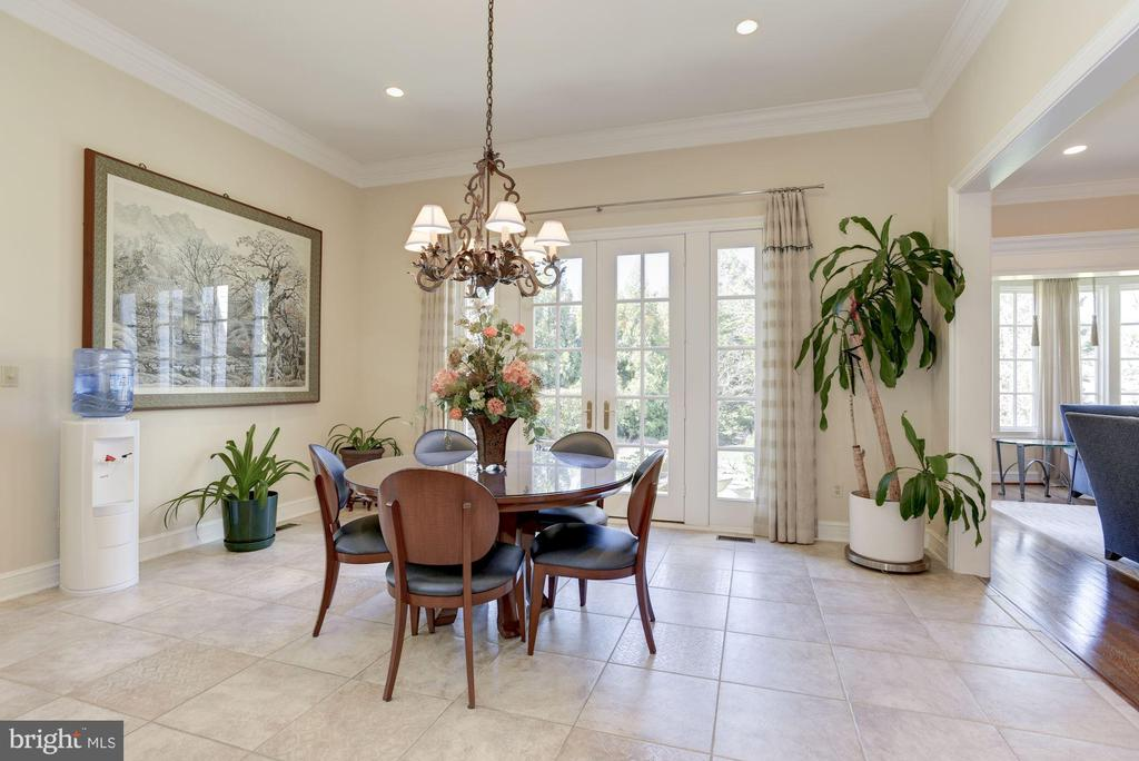 Breakfast Salon (Furnished) - 1179 ORLO DR, MCLEAN