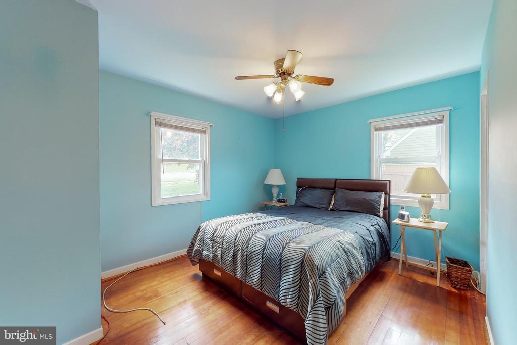 Front Bedroom - 3212 BURGUNDY RD, ALEXANDRIA