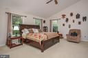 Master bedroom - 7912 RAILROAD ST, DUNN LORING